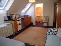 Self Contained Studio Flat available to rent near Malmesbury