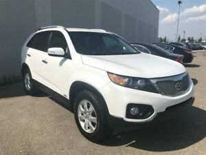 2013 Kia Sorento LX | Bluetooth | All Wheel Drive |