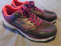 Barely used - Skechers GoRun Trainers size 6.5