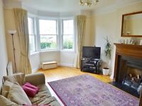 Well presented spacious unfurnished 3 bed family home (lower villa) - Meggetland Terrace