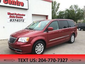 2015 Chrysler Town & Country Touring**Power liftgate and power s