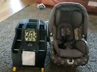 Mamas and papas primo viaggio ip car seat and isofix base. Fully working order £25 ono