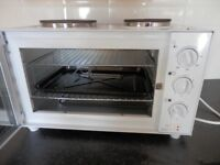 Russell Hobbs Counter Top Mini Oven and Hob