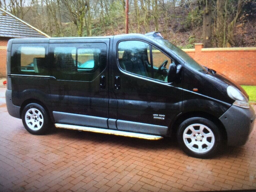 2006 56 nissan primastar mini bus 9 seater no vat wheel chair access also 2 side loading doors. Black Bedroom Furniture Sets. Home Design Ideas