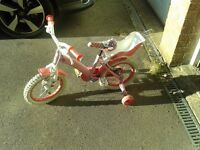 "Children's Bike, 10"" wheels with stabilisers"