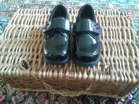 Girls Clarks patent leather shoes - Brand new size 9G form a pet/smoke free home