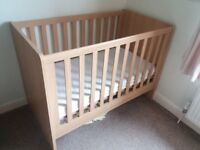 Mamas and Papas baby cot, oak effect, excellent condition