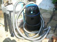 OASE PONDOVAC2 POND VACUUM CLEANER.