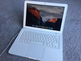 White Apple MacBook Laptop (13-inch, Mid 2010) A1342 2.4GHz Intel Core 2.0 Duo WORKING