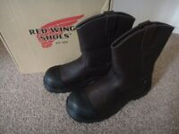 Brand new boxed Redwing pull on safety steel toe cap work boots size UK 11