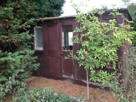 Garden Shed/Summer House/Glamping/Railway Carriage