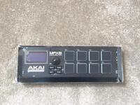 Akai Professional MPX8 | 8-Pad Sample Player