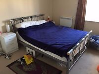 MODERN ROOM TO RENT IN A PRIVATE DEVELOPMENT INC ALL BILLS/FURNISHED CALL ME NOW ASAP