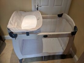 Graco Contour Electra Travel Cot-Excellent condition (used twice!)