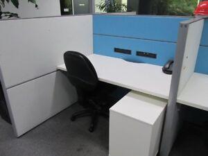 office desks , office workstations , office furniture