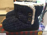 2x dearfoam ladies boot style slippers