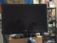 """Samsung 40"""" (inch) TV with Remote"""