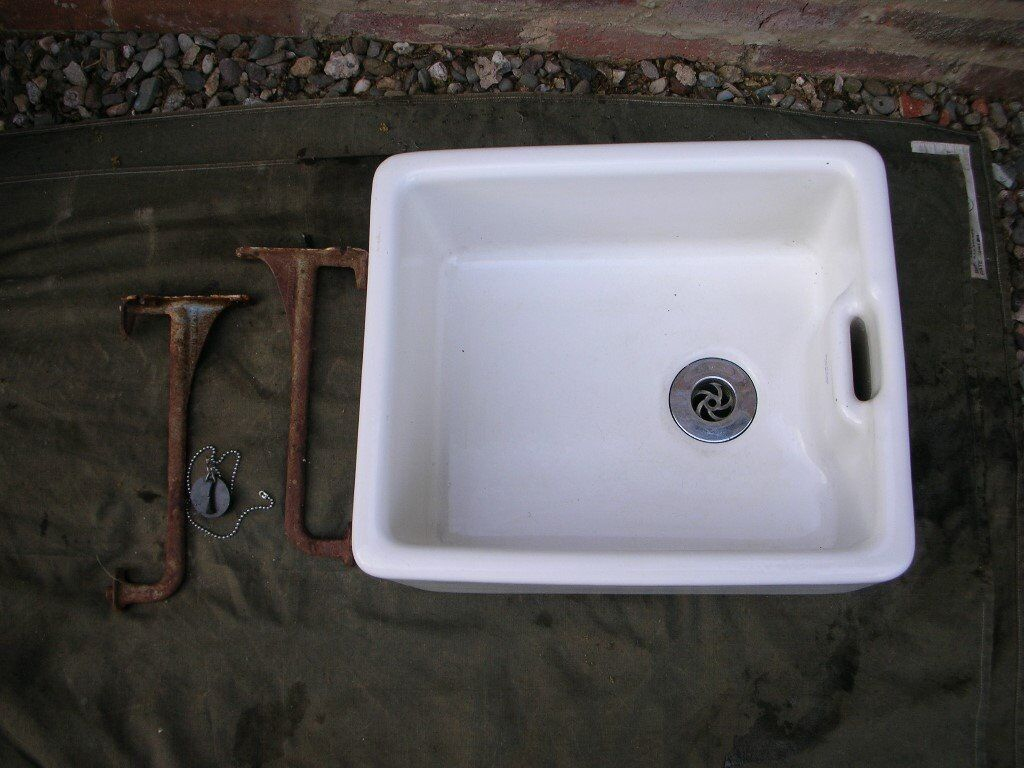 bathroom sink supports belfast sink brackets and waste in shifnal shropshire 11430