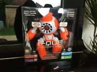 Robot toy, I-que intelligent robot, interactive and vertisile