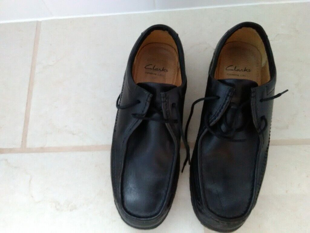 efb57bea3353 Mens black Clarks shoes size 10 wide fit.........REDUCED