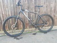 Giant Tarrago mountain bike (In full working ready to ride)