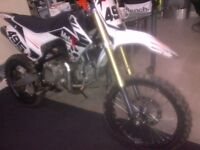 160cc pit bike swap for 2 stroke or 550 cash