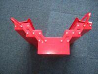 Canterlever Tool Box