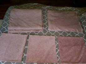 2x large pink fleece blanket with 3 matching pillow cases