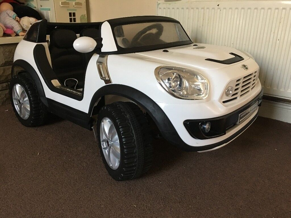 One Year Old But Rarely Used 12 V Mini Cooper Beachcomber 2 Seater