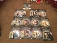 Game of Thrones figures and magazines