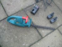 Bosch 3ACCU 370mm cordless hedge trimmer - with 3No energy packs and charger - First £20 secures