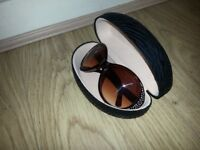 Womens Stylish Sunglass & Hard Case Black