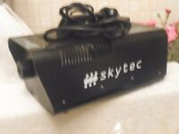 Skytec Smoke Machine