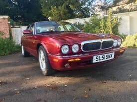 Lovely V8 executive with low mileage, future classic