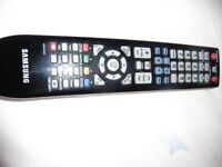 samsung lcd tv 32 inch black and silver with remote.