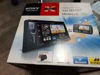 Sony XAV-601BT MirrorLink™ double din car stereo in original box