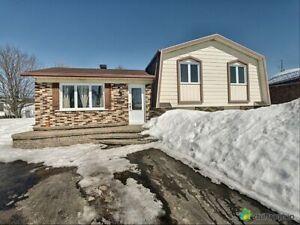178 000$ - Maison à paliers multiples à vendre