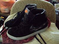 boys trainers size 4'5 nike