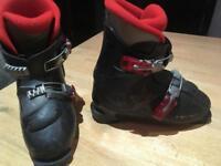 Salomon Childrens ski boots 21.5