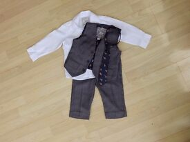 Monsoon 2-3years boys 4 piece suit - worn once