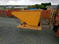 Forklift tipping skip with casters in very good condition