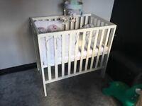 Mamas&papas petite cot with mattress
