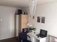A double room to rent in Ash, Surrey