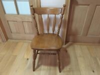 immaculate sturdy oak chair BELFAST NEWCASTLE can meet deliver kitchen bedroom hall diningroom