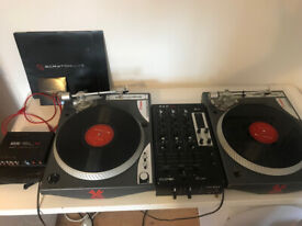 Native Instruments Traktor Kontrol S2 Mk2 DJ Controller   in