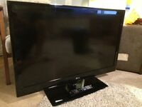 "LG 37"" 100hz 1080p Slim TV with slim wall mount"