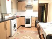 1/2 bed flat to let in leyton with separate living room. E10 6RN [ NO Dss ]