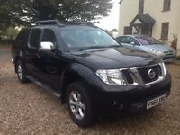 Nissan Navara Tekna face lift model. NO VAT