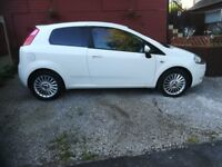 Fiat grande punto for sale very clean car inside and out