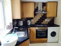 Large bedroom ground floor flat. £1150 Ilford. Inclusive bills-dss
